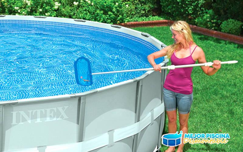 limpieza de piscina desmontable